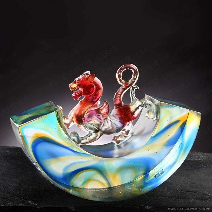 Liuli Crystal Mythical Creature (Ambition) - A Rollicking World, A Progressive Heart