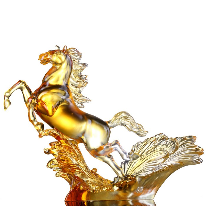 Liuli Crystal A Mighty and Mythical Steed