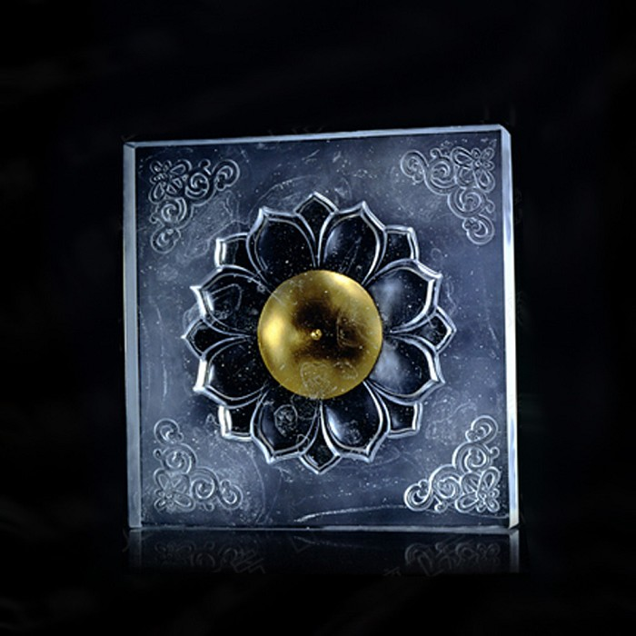 Liuli CrystalBuddha, Flower