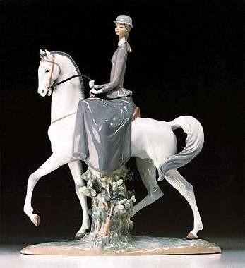 LladroFemale EquestrianPorcelain Figurine