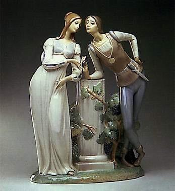 LladroRomeo & Juliet 1971-05Porcelain Figurine