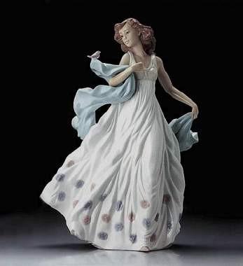 LladroSummer SerenadePorcelain Figurine