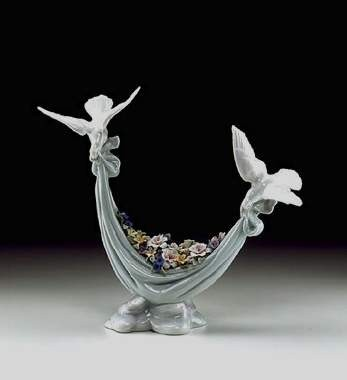 Lladro Petals Of Peace