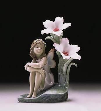 LladroLakeside Daydream 2000-07Porcelain Figurine