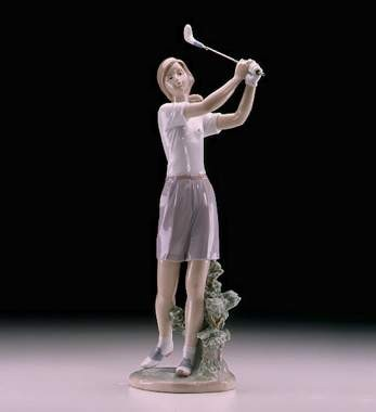 Lladro A Perfect Drive 2000-04 Porcelain Figurine