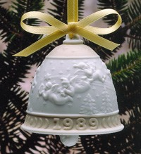 LladroChristmas Bell 1989Porcelain Figurine