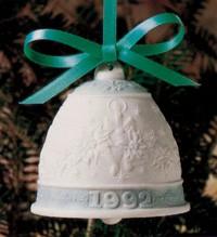 LladroChristmas Bell 1992