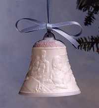 Lladro Christmas Bell 1998 Porcelain Figurine