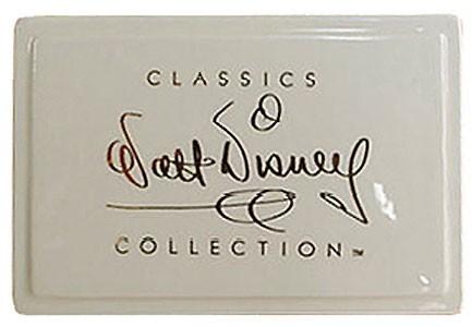 WDCC Disney ClassicsDisney Classics Dealer Plaque