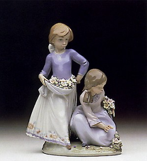 Lladro Friendship In Bloom 1992-97-5893G
