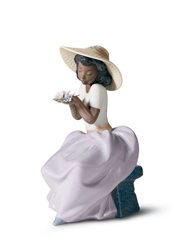 SWEET FRAGRANCE by Lladro Black Legacy Image is watermarked for copyright protection and is not present on the actual art work.