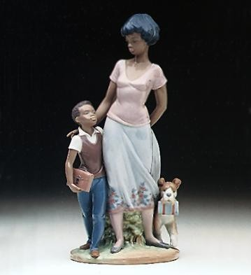 Ready To Learn by Lladro Black Legacy Image is watermarked for copyright protection and is not present on the actual art work.