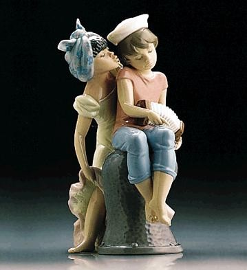 Caribbean Kiss by Lladro Black Legacy Image is watermarked for copyright protection and is not present on the actual art work.