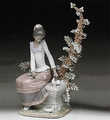 Harmony by Lladro Black Legacy Image is watermarked for copyright protection and is not present on the actual art work.
