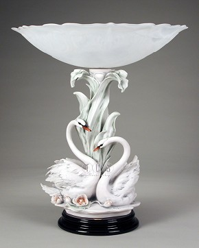 Giuseppe Armani The Swans With Flowers Centerpiece