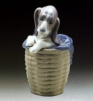 Lladro-Dog in Basket