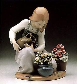Lladro-Watering the Flowers