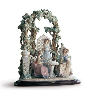 Lladro-Tea in The Garden