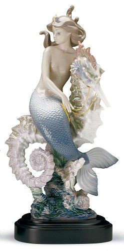 Lladro-BENEATH THE WAVES