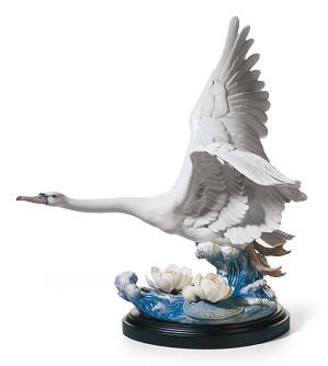 Lladro-Majestic Swan