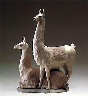 Lladro-Llama Group