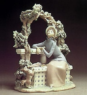 Lladro-Attentive Lady