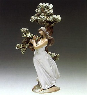 Lladro-Musical Muse