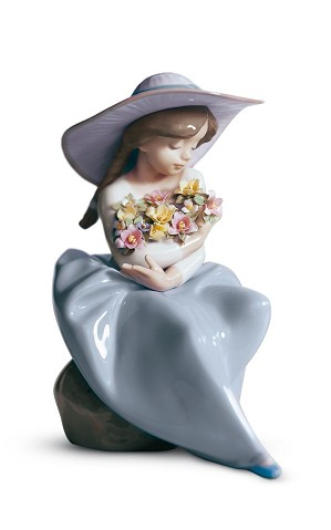 Lladro-FRAGRANT BOUQUET
