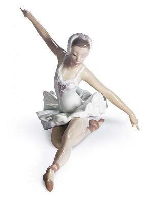 Lladro-Swan Ballet