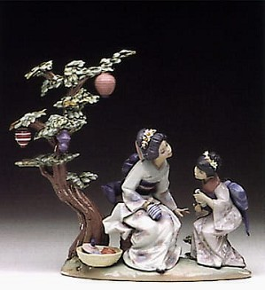 Lladro-A Mother's Way