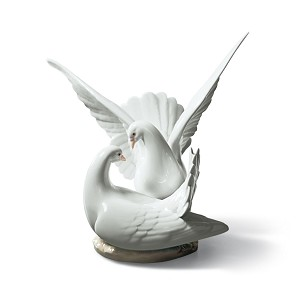 Lladro-Love Nest