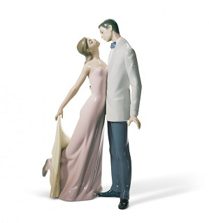 Lladro-Happy Anniversary Couple