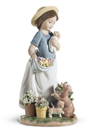Lladro-A ROMP IN THE GARDEN