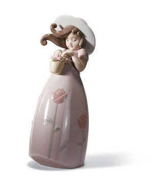 Lladro-LITTLE ROSE