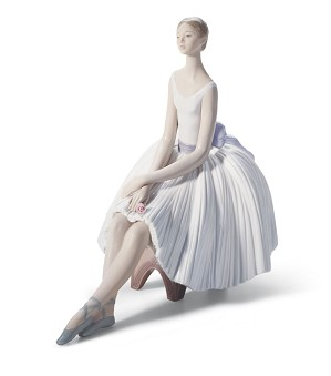 Lladro-Refinement Ballet Woman