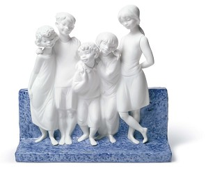 Lladro-Children Of The World