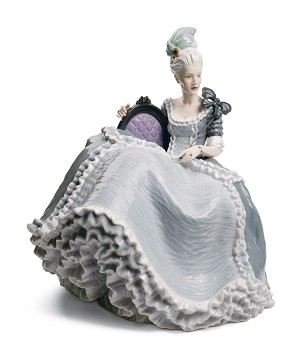 Lladro-Rococo Lady at the Ball