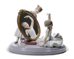 Lladro-My Perfect Pose