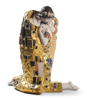 Lladro-The Kiss Couple