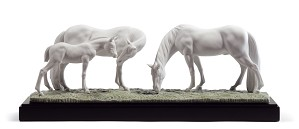 Lladro-HORSES IN THE MEADOW