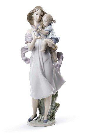 Lladro-Look Mommy!