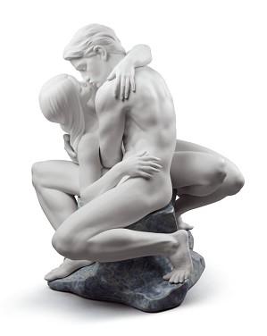 Lladro-PASSIONATE KISS (WHITE)
