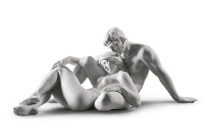 Lladro-An everlasting moment Couple