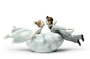 Lladro-Wedding in the air Couple
