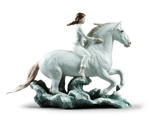 Lladro-Riding her horse on the seashore