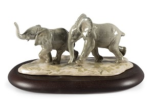 Lladro-Following The Path Elephants