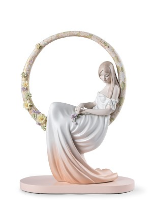 Lladro-In her Thoughts