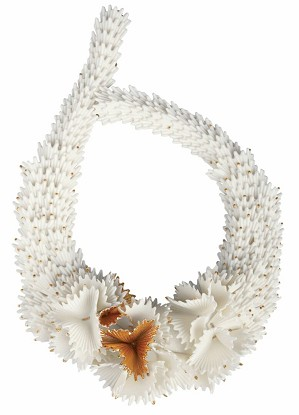 Lladro Jewelry-Actinia Porcelain Necklace. White and Golden luster