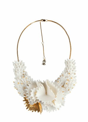 Lladro Jewelry-Actinia Necklace White and Golden luster