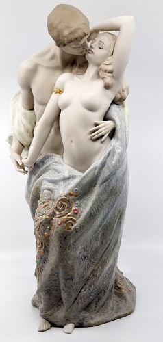 Lladro-PASSIONATE LOVERS LIMITED EDITION